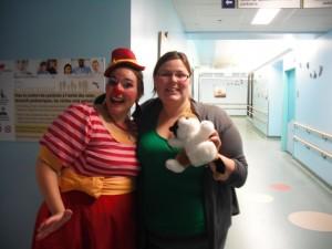 Pakane La Clown (Pascale-Aurise Landry) et Stéphanie Audet à l'hôpital en octobre 2012